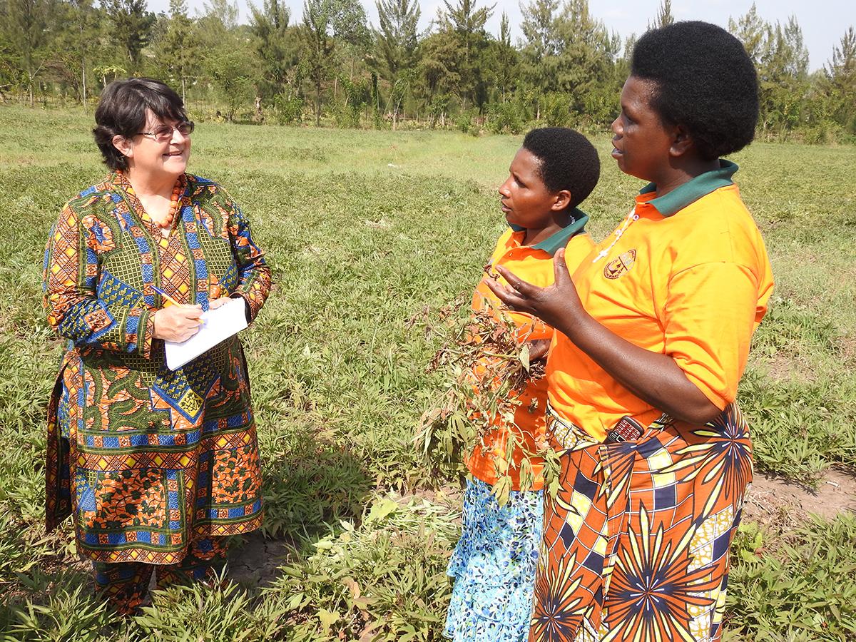 Jan Low in Rwanda