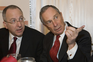 Skorton, left, chats with New York City Mayor Michael Bloomberg
