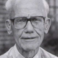 Animal physiologist Ari van Tienhoven dies at 91