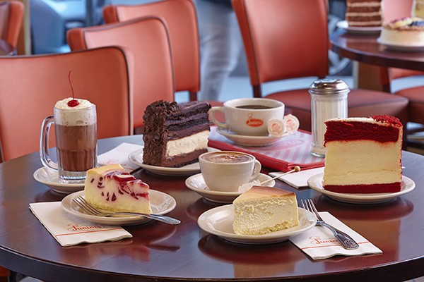 cheesecakes and ice cream