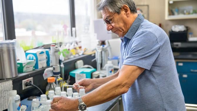 Lozano in lab