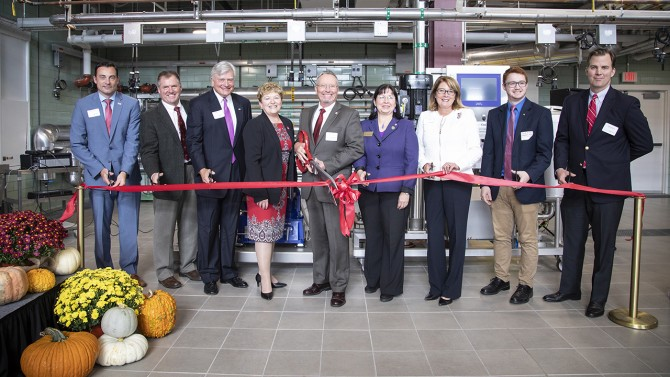 CFVC ribbon cutting