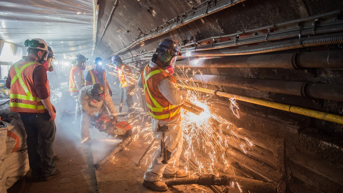 The L Project tunnel rehabilitation plan employed new construction methods and technology, which were recommended by engineering faculty from Cornell and from Columbia University.
