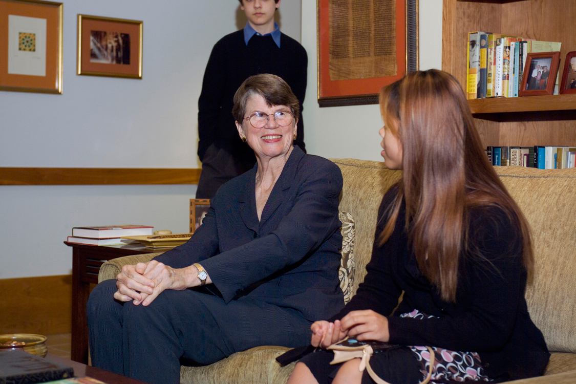 Janet Reno speaks to students