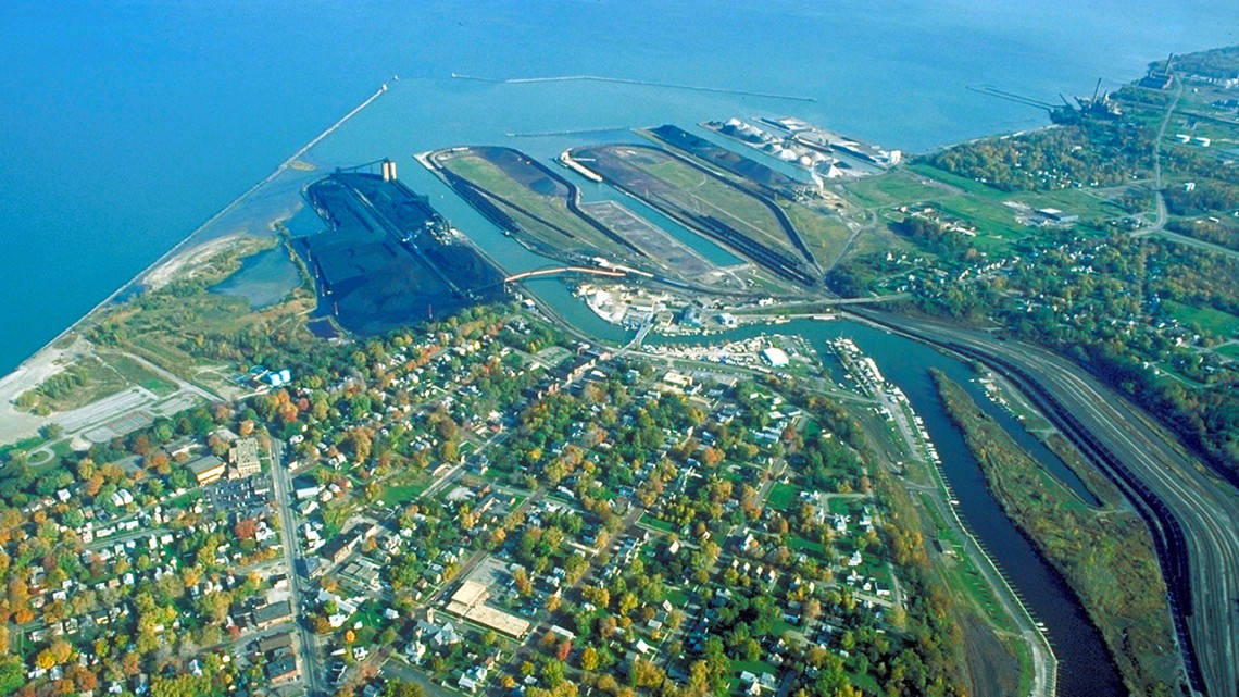 Great Lakes port
